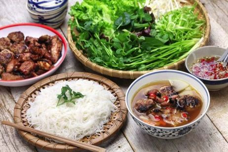 Top 5 Best Local Restaurants in Hanoi