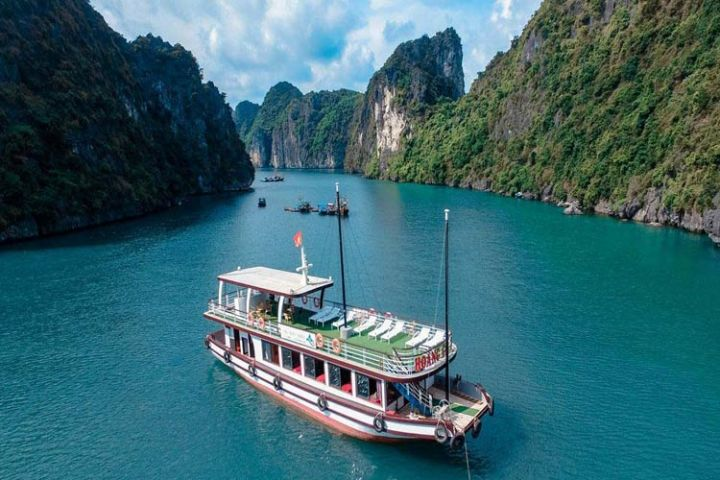 Lan Ha Bay Day Trip - Arcady Cruise