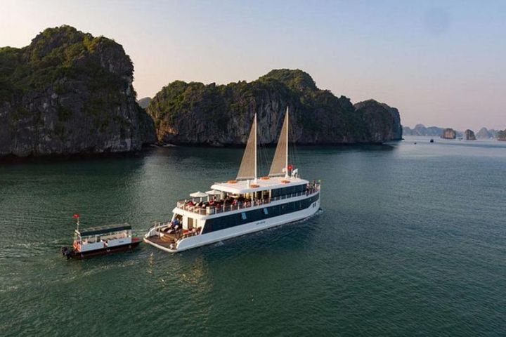 Halong Day Trip - Jade Sails Luxury Day Cruise