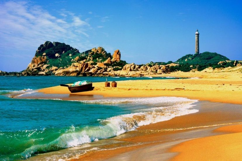 Two Most Stunning Beaches In Vietnam For Family Tour Packages