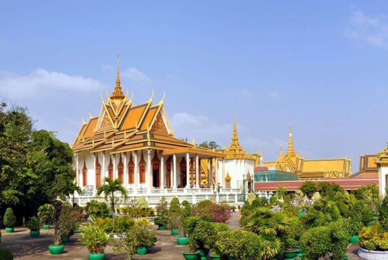 Royal Place Complex