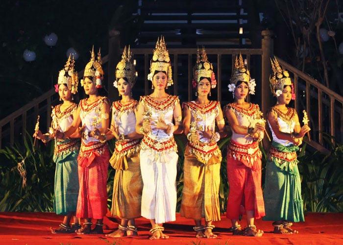 The Royal Ballet of Cambodia - Apsara Dance