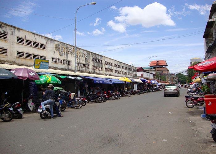 Phsar Kandal (Kandal market) in Siem Reap