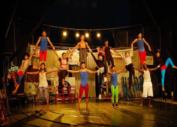 See performances at Cambodia Circus