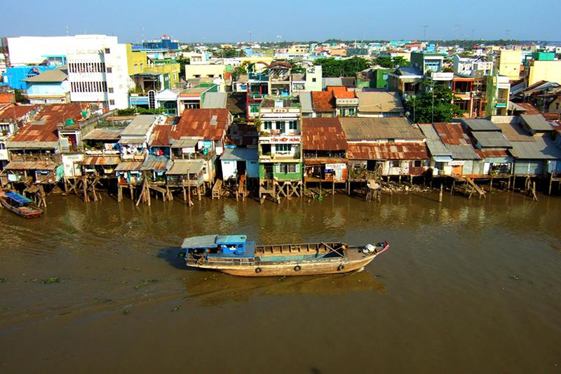 Vietnam Overland & Special Mui Ne Beach Luxury Tour