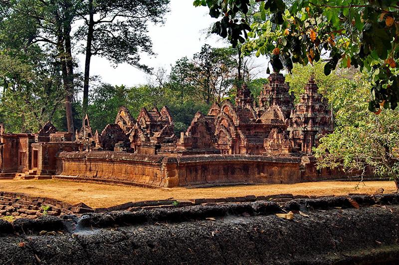 Vietnam Cambodia private tours