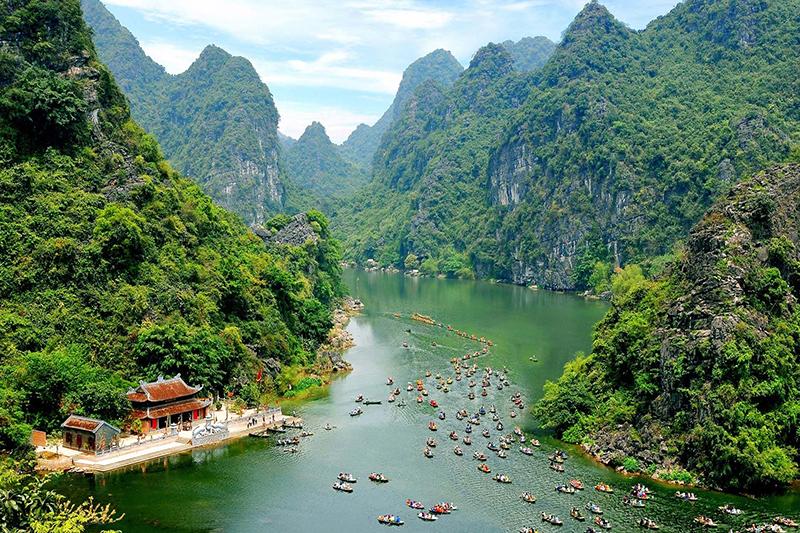 Luxury Vietnam package