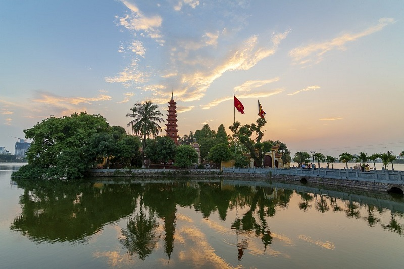 Vietnam sightseeing tour