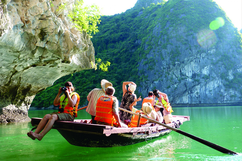 Luxury Vietnam Packages
