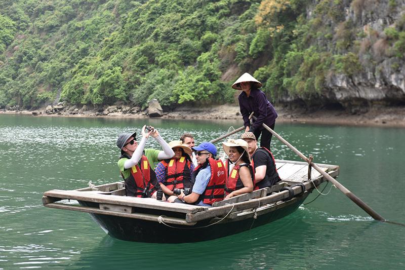 Vietnam highlight tour