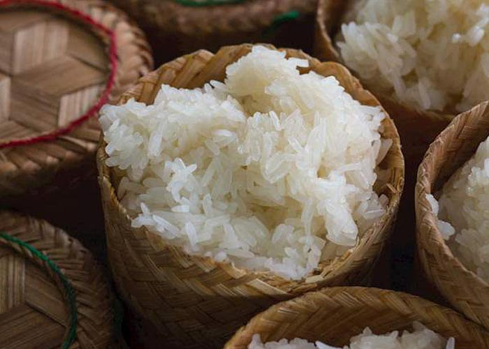Khao Niaw (Sticky rice)