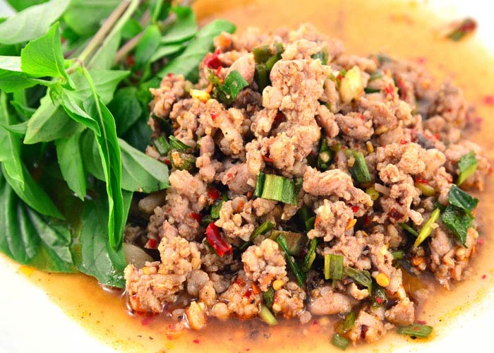 Larb (Minced meat salad)