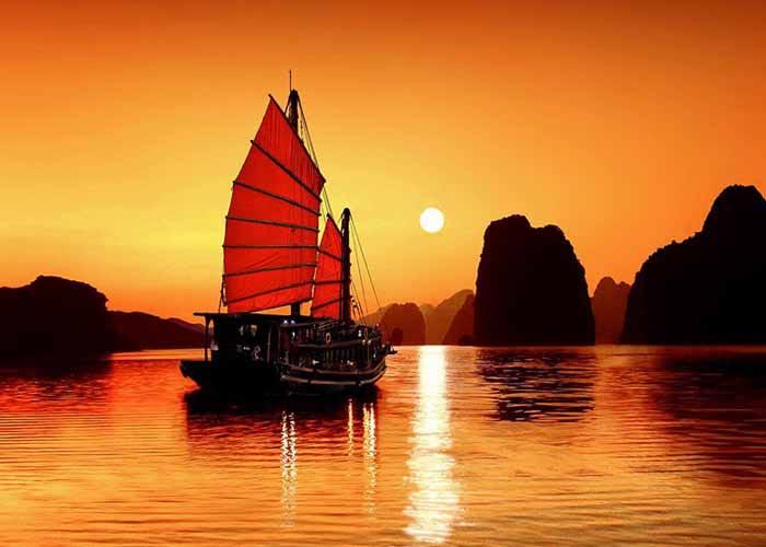 Cruise Trips in Halong Bay