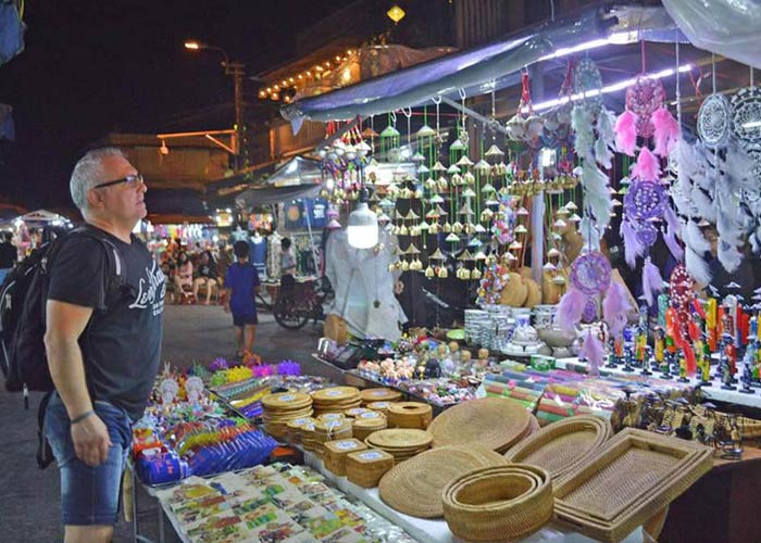 Shopping in Halong City