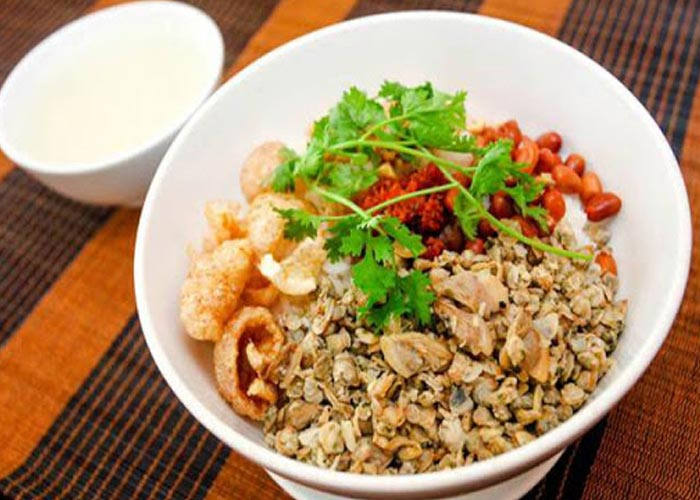 Com Hen (Mussel Rice)