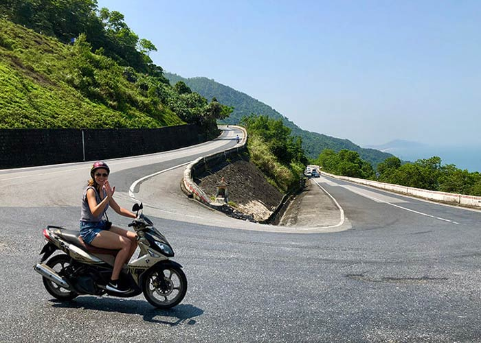 Go Backpacking Hai Van Pass by Motorbike